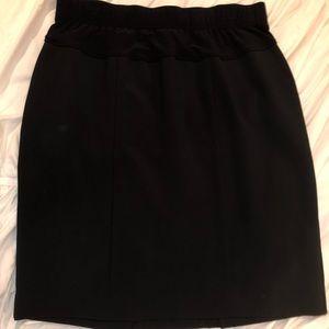 Dresses & Skirts - Maternity skirt medium